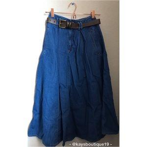Liz Claiborne Liz Wear A-Line Jean Skirt Size 4